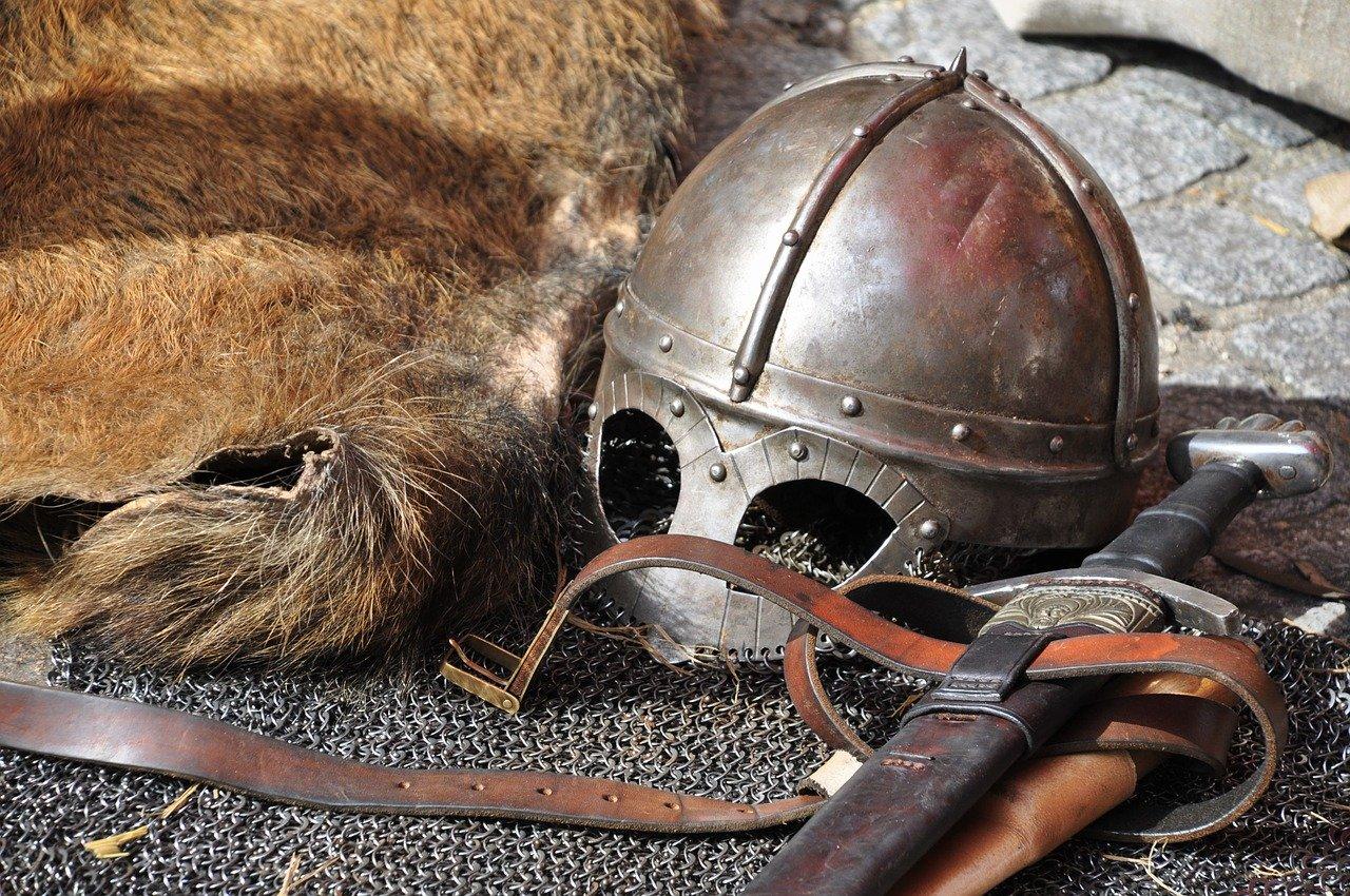 Middeleeuwse wapenuitrusting taxeren